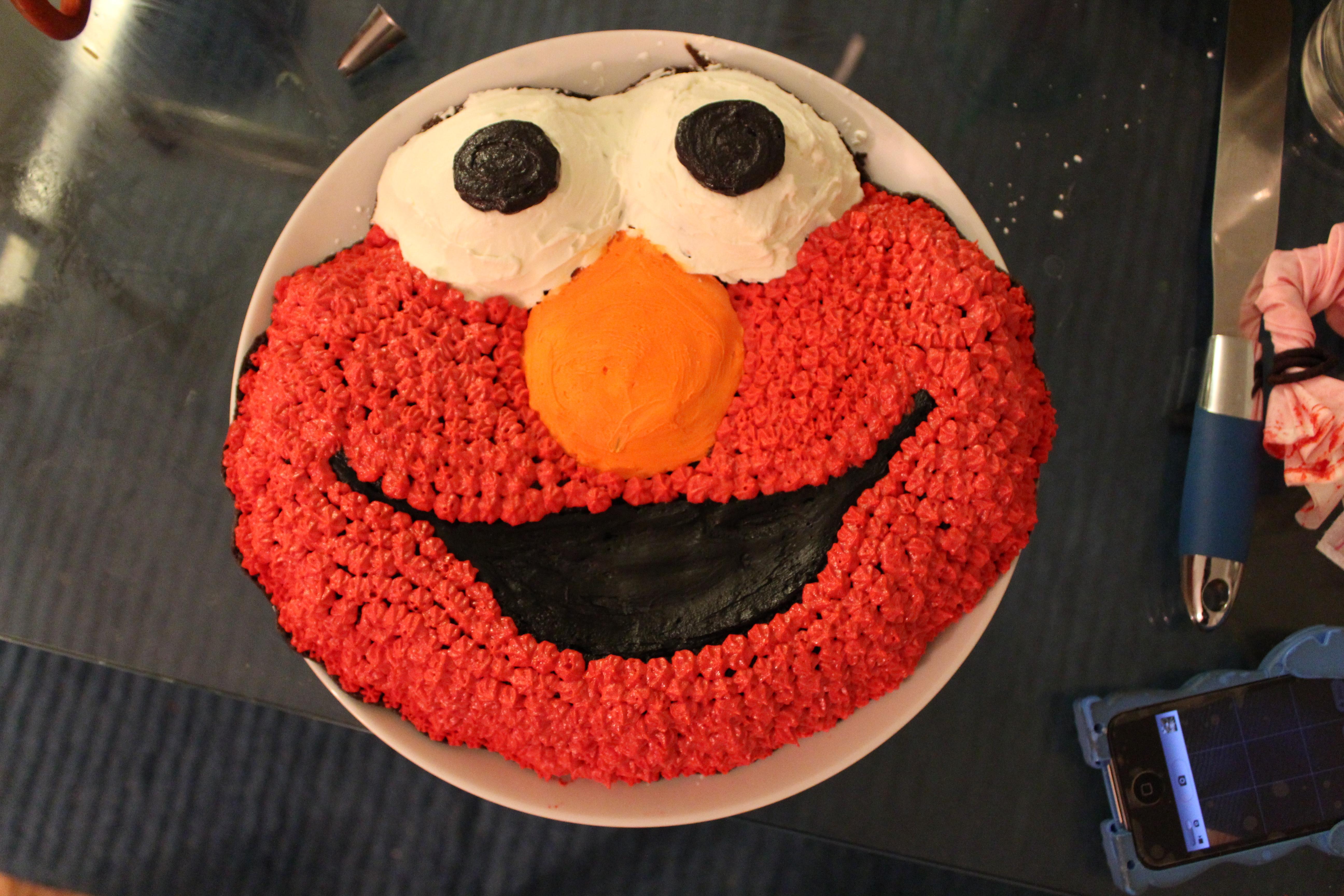 How To Make An Elmo Shaped Cake